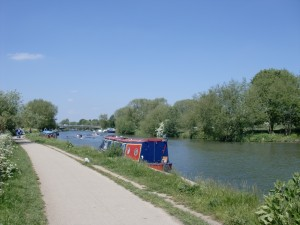 Isis Towpath_boats