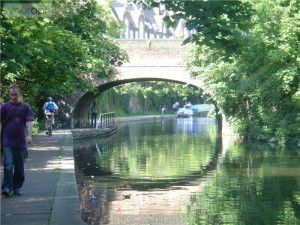 canal-boats-londen-3(p-activity,2589)(c-0) (1)