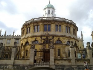 The_Sheldonian_from_across_Broad_Street