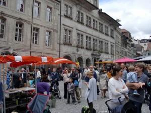 Lausanne_Market (find Toby)