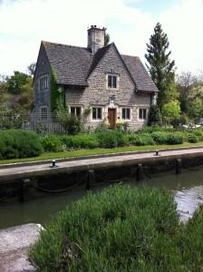 Iffley Towpath_Lock house