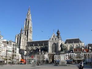 1024px-Antwerpen_kathedraal02